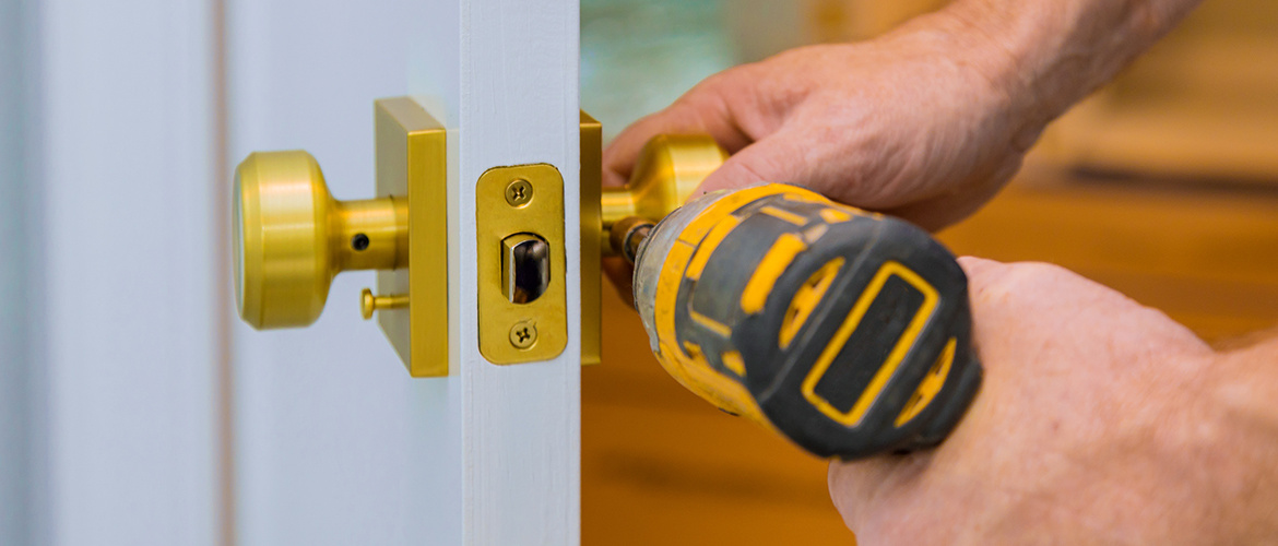 Common Reasons You Might Need to Call a Locksmith
